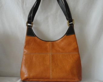 Pre-Owned Leather Tote Hand Bag******