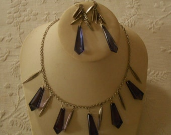 Purple Glass Necklace and Stud Earrings Set. (259)