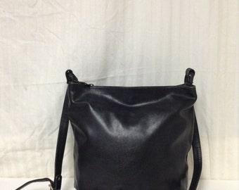 Bonwitt Teller, leather Purse,bag,Made in Italy, Black leather, Shoulder Bag