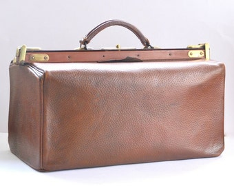 large French travel doctor bag