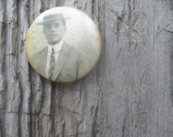 Antique Photo Pin