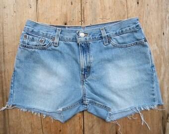 Levi Cut Off Jean Shorts