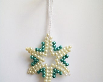 Christmas ornament, Hand beaded star, hand beaded Christmas tree ornament, green, ivory, beaded Christmas ornament, star, Hand beaded star