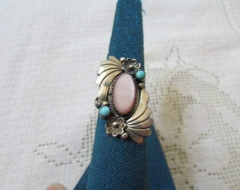 Vintage  Navajo style pink MOP and  turquoise silver ring size 7.25 Native American Indian