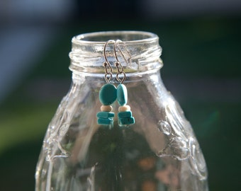 Dangle earrings - turquoise and cream