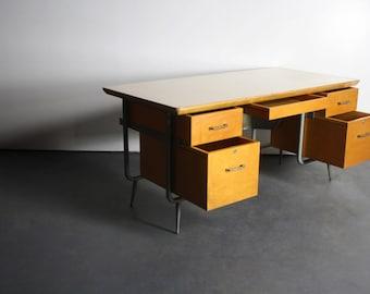 Beautiful Trimline Desk Attributed to KEM Weber Heywood Wakefield