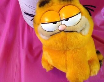Garfield Small Plush 1981