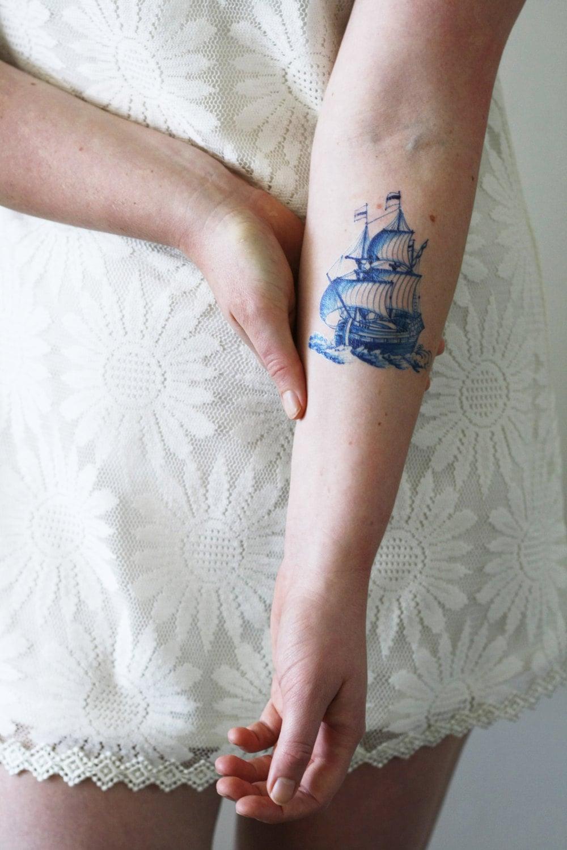 Blue Henna Tattoo: Delft Blue Ship Temporary Tattoo / Delft Blue Temporary Tattoo
