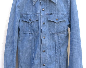 Vintage 70s Shirt Denim mens DENIMSHIRT pointedCollar  Light Blue hippie retro Beatles 1970s men's VINTAGE  denim JACKET men's S