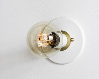 Modern Wall Sconce - Raw Brass Trim