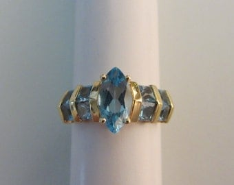 14k Gold Swiss Blue Topaz Ring-Sz 6-2.79g
