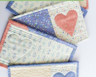 Modern Mini Quilt   Quilted Mug Rug with Heart Appliqué   Shannon Fraser Designs