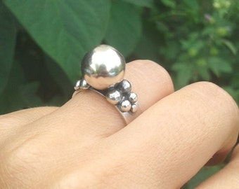 Sterling Silver 11 Balls Statement Ring , Cluster Silver Ball Ring , Abstract Ring Size 7 to Size 9 , Minimal Ring , Sterling Sphere Ring