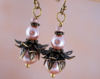 Elegant flower earrings, Estibela design, Wedding earrings, beaded floral jewellry, Boho style, Summer inspired.