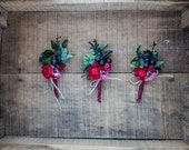 Flower wedding grooms boutonniere red green preserved grass