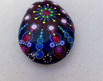 Hand Painted Big Stone Dots Mandala- Meditation-Pebble Colourful Art–Indian Chakra-Pointillism-Dot Art-Sea Rock-Handicraft mandala implement