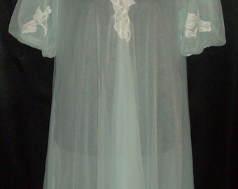 Ravishing Vintage Blue Double Chiffon & Lace Peignoir M