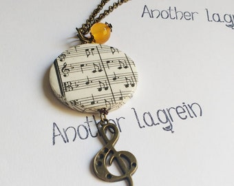 Découpage long necklace music, Beethoven necklace, music lovers, musician jewels, music découpage, gift for music lovers, music necklace
