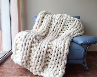 Super chunky knit blanket Etsy