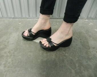 Steve Madden Black Leather Platform Sandals