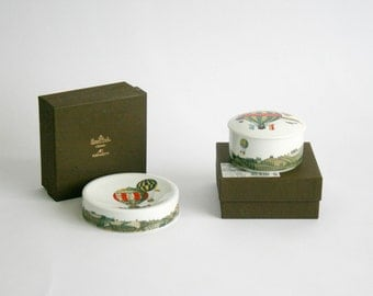 Fornasetti 'Mongolfiere/ Hot Air Balloons' Rosenthal fine porcelain, lidded candy dish and Ashtray