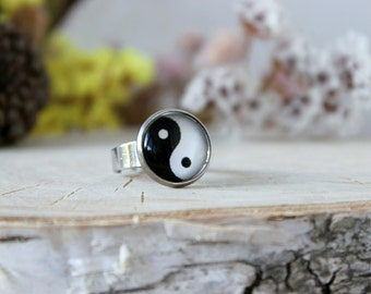 Yin-Yang Symbol Ring, Adjustable Ring, Yin Yang jewelry