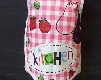 child apron pink checkered / bib-apron