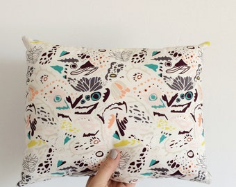 REDUCED! Cushion with an abstract pattern