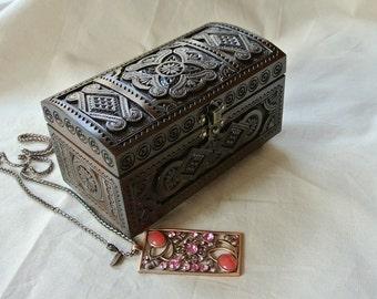 Jewelry wood box. Wood jewelry box