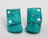 Children slippers, Stay-on booties, Minky and cotton, Toddler boots, Kid, Children shoes, Warm and Cozy, Shower gift idea, Newborn, Winter