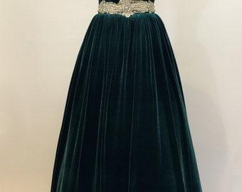 Green prom dress, ball gown, evening gown, party dress, long dress, velvet dress, strapless dress, vintage style dress