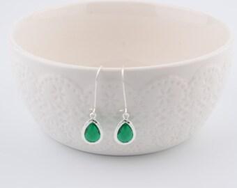 Green Wedding earrings Emerald green earrings Emerald jewelry  Bridal green earrings Emerald bridesmaid gift Green drop earrings Sister gift
