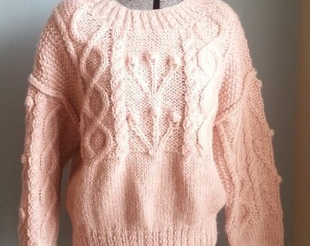 vintage hand-knit light pink acrylic pullover sweater