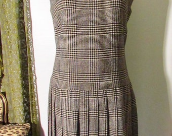 60's Black & White Houndstooth Plaid Drop Waist Pleated Wool Mod Dress Medium