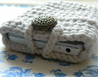 Crochet mobile case Cotton phone case Cream crochet sleeve Chunky crochet case Cream phone cover Gadget crochet cover Smartphone cream cover