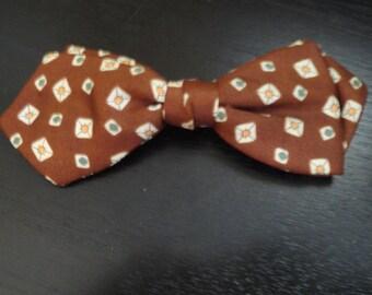 Vintage Brown U Clasp Bow tie