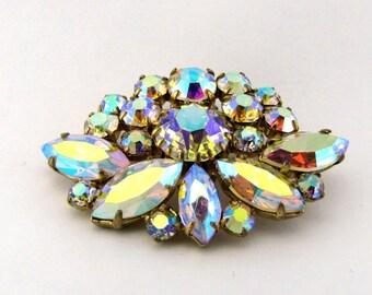Rhinestone brooch/Rhinestone brooch with aurora borealis/Vintage brooch/Aurora Borealis/vintage rhinestones/Vintage/Vintage Jewelry