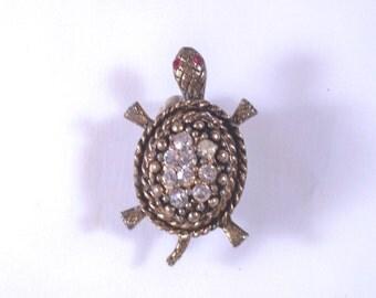 Vintage Goldtone Turtle Rhinestone Brooch RS1594