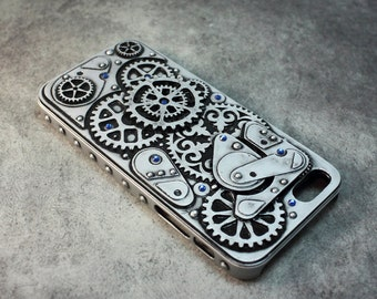 Dieselpunk case for Iphone 5 and 5S with ultramarine Swarovski crystals