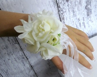 Wedding wrist corsage, White rose wedding corsage, Rose prom corsage, Mother of the bride wedding accessory, Silk flower rhinestone corsage