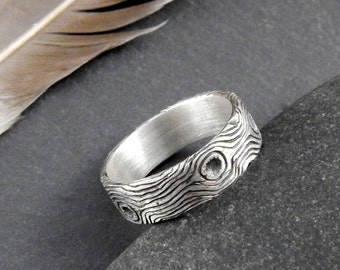 Woodgrain ring, 6 mm wide wedding band, sterling silver ring for nature lover.