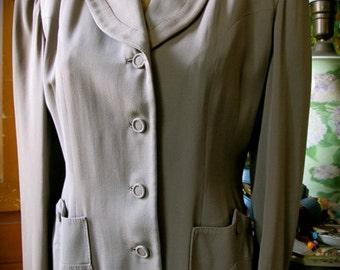 40s Suit Jacket - Tailored Jacket -  Padded Shoulders Jacket -  1940s Women's Jacket -  38 Bust - 34 Waist -  Film Noir Jacket - 40s suit