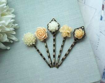 Peach Flower Hair Bobby Pins, Cream Ivory and Peach Flowers Wedding Hair Pins, Peach Hair Bobby Pins Set of five 5 Bridesmaid Hair Accessory