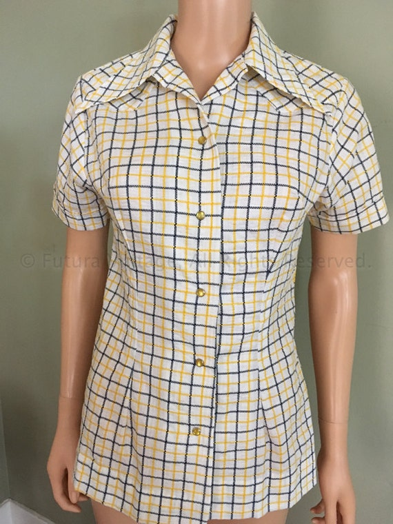 SALE 1960s 1970s TEM TEX Yellow Plaid Fitted Womens Pearl Snap Short Sleeve Western Shirt-S