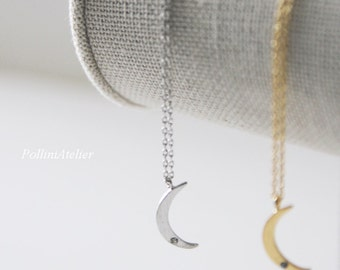 Crescent Moon Necklace in Gold/ Silver. Moon Necklace. Collarbone Necklace. Layering Necklace. Timeless. Gift Fr Her (PNL- 182)
