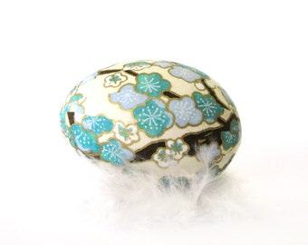 Easter Egg Japanese Washi - Ivory White with Blue Blossoms - Matte Finish