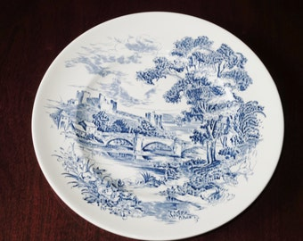 """WEDGWOOD COUNTRYSIDE PLATE Dinner 10"""" Round Blue White China Porcelain 1966-68 Blue White English Scene Enoch Excellent Condition"""