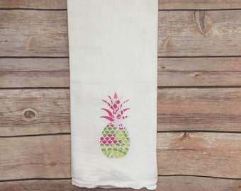 pineapple decor, printed vinyl, tea towels, custom made towels, kitchen towel, kitchen linens, flour sack towel, kitchen decor