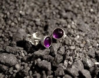 Handmade purple Amethyst stud earrings, oxidized sterling silver, 4mm onyx cabochon, purple studs, ear studs, post earrings