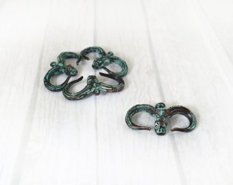 Ram horns Pendant, Verdigris Green Patina Pendant, Charm for Necklaces, Jewelry Making, 45x23mm Pendant